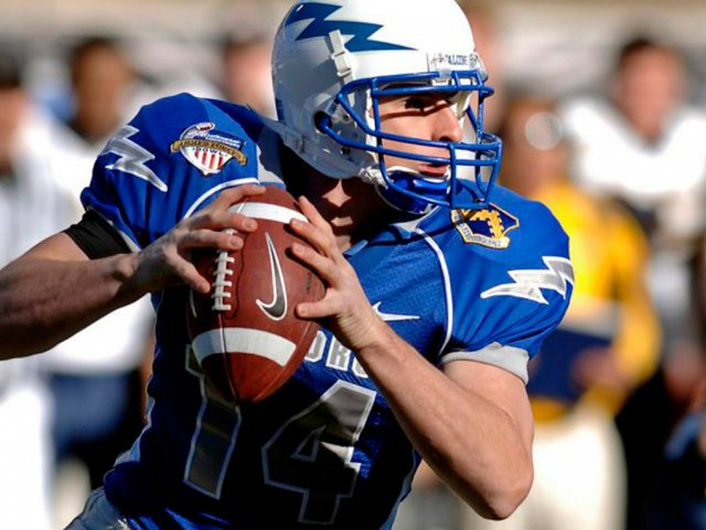 quarterback-67701_1920-2